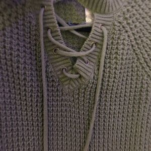 Francesca's Collections Tops - FRANCESCA'S - Olive Green Sweater